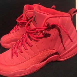 Red Air Jordan retro 12